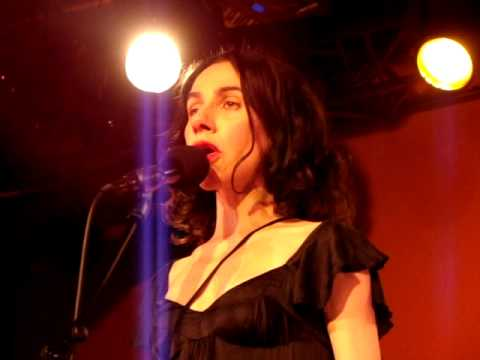 PJ Harvey & John Parish - Leaving California - Live at Astra Club, Berlin