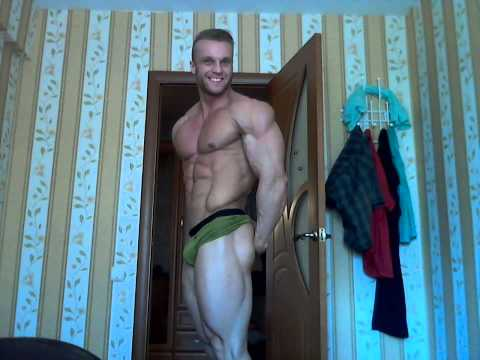muscle giant guy posing