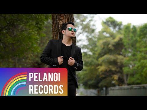 Teguh Permana - Entah Siapa (Official Music Video)