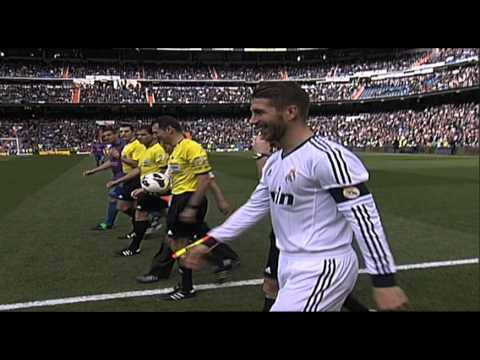 (Spanish) Ban Ki-moon performed the ceremonial kickoff for the Real Madrid-Levante game