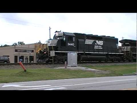 Norfolk Southern 22R EB w/ Awesome Crew + RS3L Shave & Haircut! Austell,Ga 07-18-2010 (16x9)