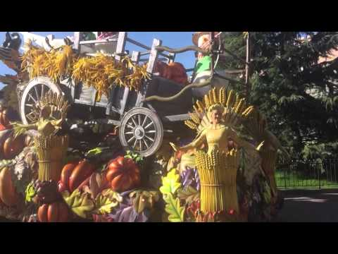 Disneyland Paris Halloween Parade 31.10.2015
