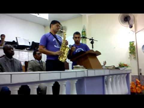 Move As Aguas (leandro Solo De Sax) (orquestra Maestro Levi) video
