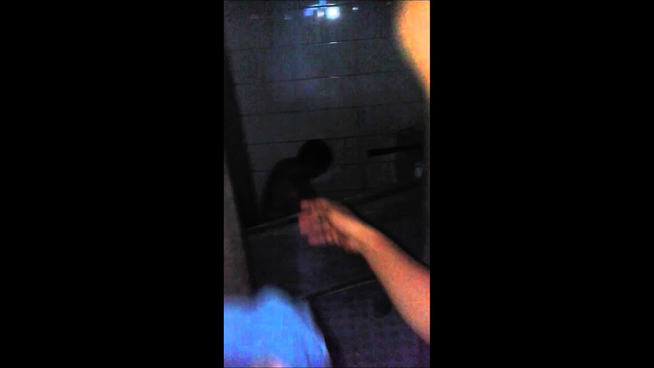 ngintip cewek abg mandi di wc umum hot   youtube