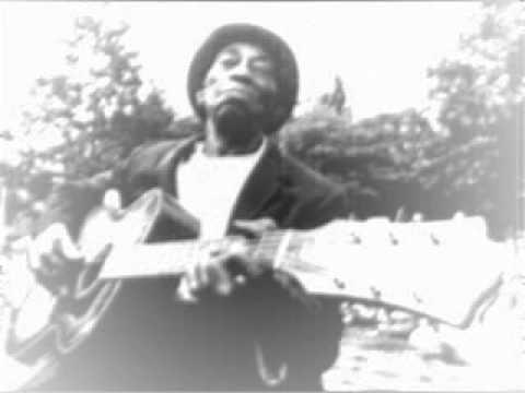 Mississippi John Hurt - Well
