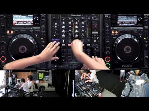 The HouseBros - DJsounds Show 2012
