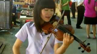 "Download Lagu ""Somewhere over the Rainbow"" on Violin by Thai girl Gratis STAFABAND"