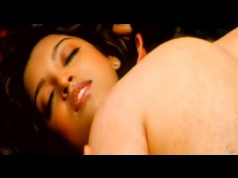 Aashiq Banaya Apne | Emraan Hashmi & Tanushree Dutta Hot Scene...