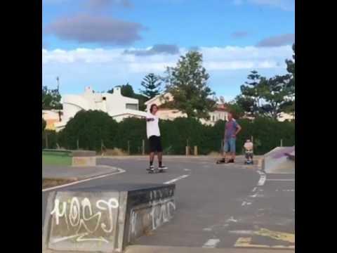 Banger @instatiago 📲: @francisco_pardal & @gabriel_p_ribeiro | Shralpin Skateboarding