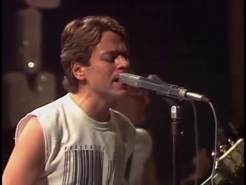 Robert Palmer - Bad Case Of Loving You Live
