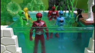 파워레인저 애니멀포스 수영장 놀이 장난감 Power Rangers Doubutsu Sentai Zyuohger Swimming Pool Toys Play