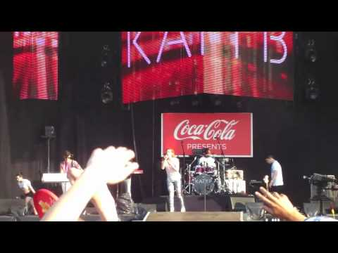 Katy B and Mark Ronson-Anywhere in the World  (London 2012 Olympic torch relay finale)