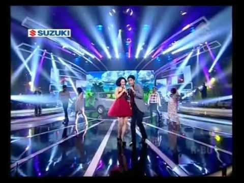 Download UNGU feat ANDIEN - SAAT BAHAGIA live @ Trans TV Suzuki Mp4 baru