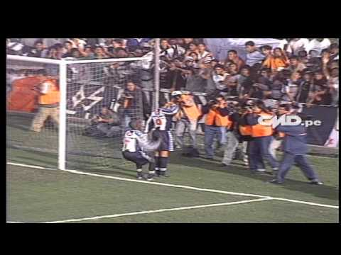 Un día como hoy: Revive los 5 goles de Claudio Pizarro ante Unión Minas (08-081999)