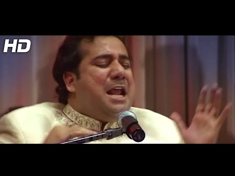 Tumhen Dillagi Bhool Jani - Rahat Fateh Ali Khan - Official Video - Live Concert video