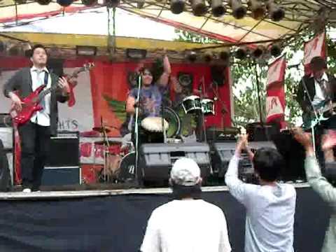 Inspirazi - Ular berbisa cover Hello Band-