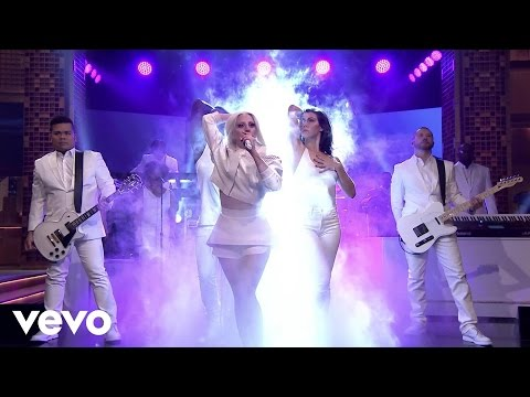 Lady Gaga - ARTPOP (Live on The Tonight Show) klip izle