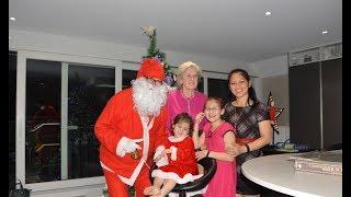 Giáng Sinh nhà ThyThy&LyLy/Ông già Noel đến nhà tặng quà
