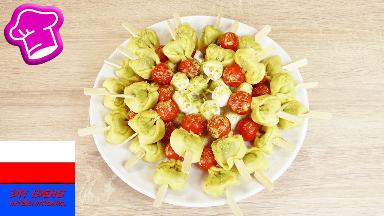Torelloni z pomidorami i mozzarelką | prosty przepis na przekąskę i dodatek