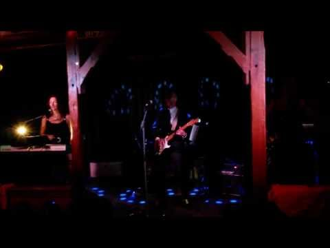 Tin Roof...Rusted! - Love Shack (B-52's)