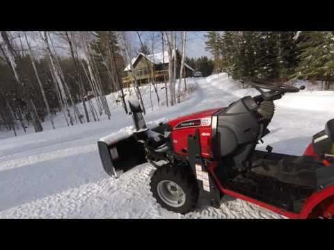 Mahindra Max 28XL with Snowblower