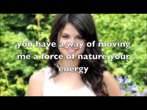 Naturally ! (selena Gomez) Lyrics video