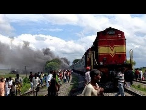 LIVE VIDEO: Bangalore-Nanded Express collides with lorry, Karnataka MLA among 5 dead