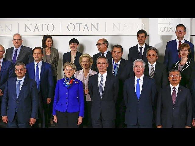 NATO analisa pedido de apoio para desacelerar entrada de migrantes na Europa