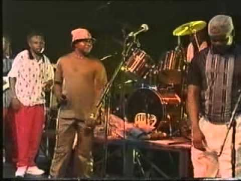 Papa Wemba Et Nouvelle Ecriture &#8211; Zenith Concert &#8211; 1