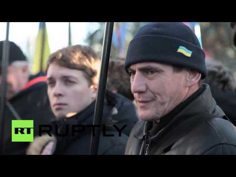 Ukraine: Protesters demand Yatsenyuk resigns as Biden speaks at Verkhovna Rada