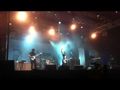 Twin Atlantic - Free (HQ) NME/ Radio 1 stage Reading 25/08/2012