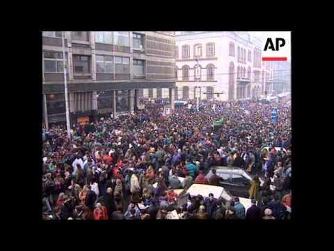 SERBIA:  BIGGEST DEMONSTRATION AGAINST PRESIDENT MILOSEVIC SO FAR