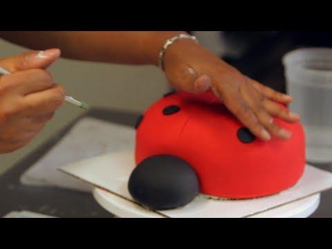Ladybug Cake Decoration Ideas : How to Add Polka Dots to a Ladybug Cake Birthday Cakes ...
