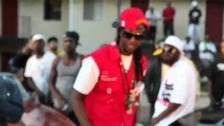 Watch 2 Chainz Stop Me Now video