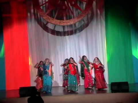 Resham Ka Rumal Gale Pe  Ila Arun Amrapali Group Twer Russia video