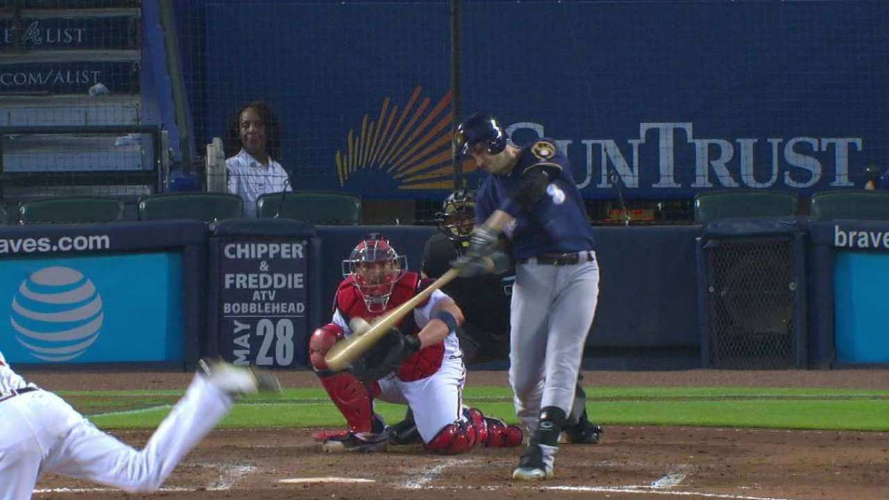 MIL@ATL: Braun lines a solo home run to left field
