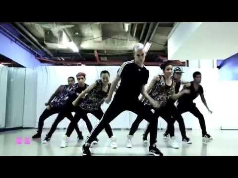 開始Youtube練舞:電話皇后-蔡依林 | 熱門MV舞蹈