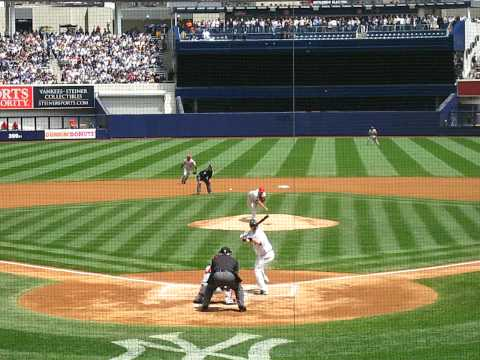 Yankees vs Angels - Derek Jeter knocks out Erick Aybar Video