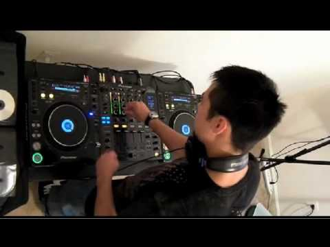 Loops DJing on the CDJ-1000 (Submerge 001)