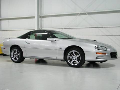 Chevrolet Camaro SS--Chicago Cars Direct HD Music Videos