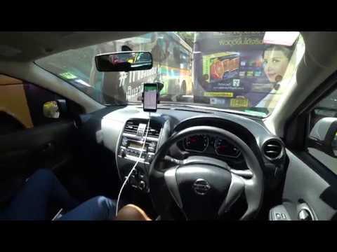 Едем с Нитт на машине по Бангкоку, делюсь впечатлениями