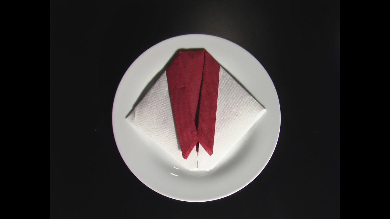 Plier une serviette en papier en forme de smoking youtube - Comment plier une serviette en papier en forme de coeur ...