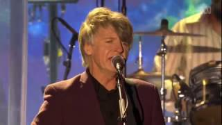 Download Lagu Crowded House - Don't Dream It's Over (Live At Sydney Opera House) Gratis STAFABAND