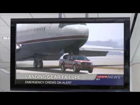 Amazing Airplane Landings Amazing Plane Landing on a