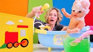 Die Wunderbox - Nicole badet das Baby - Spielspaß mit Baby Born
