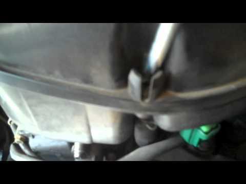 Suzuki GSXR 600 Air Filter Change Part 1 of 2