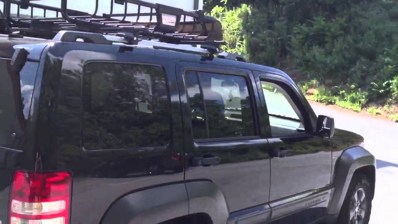 2012 Jeep Liberty Thule Roof Rack And Basket Youtube