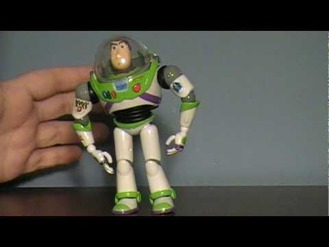 Revoltech Sci-Fi #11: Toy Story's Buzz Lightyear Figure Review
