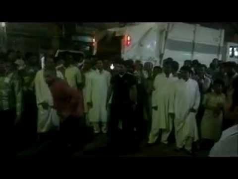 Balala lawaris dance on eid in Hara (Riyadh)_xvid.avi