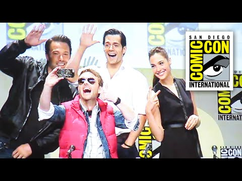 Batman vs Superman Comic Con 2014 - Henry Cavill, Ben Affleck and Gal Gadot